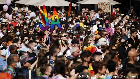 """Thousands marched to support the """"yes"""" vote in the upcoming referendum"""