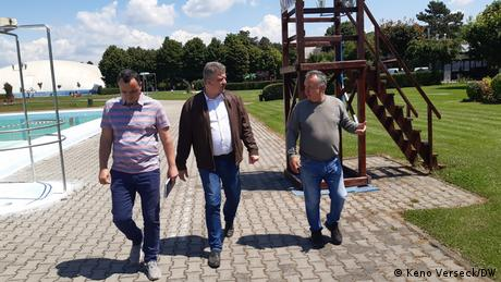 The mayor takes a look around a leisure park in Targu Mures