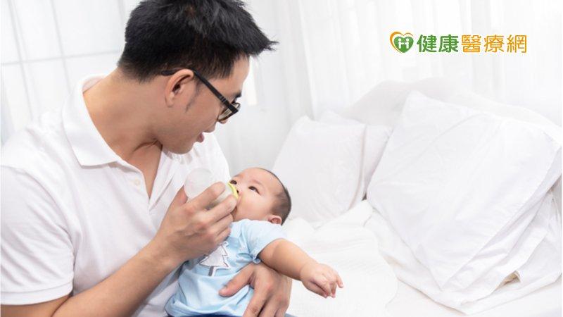 新手爸爸也可能出現產後憂鬱! 專家列「警覺症狀」