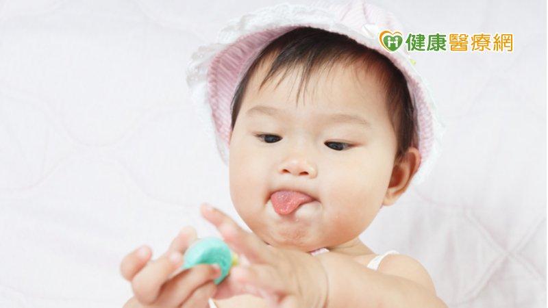 舌頭呈3形狀當心舌繫過緊! 恐影響語言發展、口腔衛生