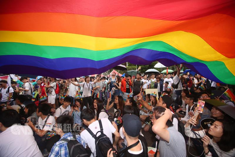 """Taiwan is """"a same-sex marriage pioneer:"""" New York Times"""