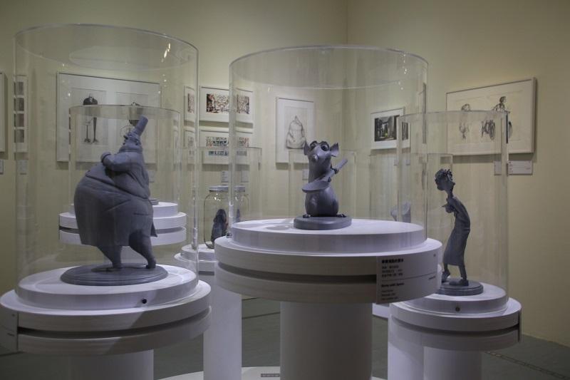 《料理鼠王》角色的雕塑