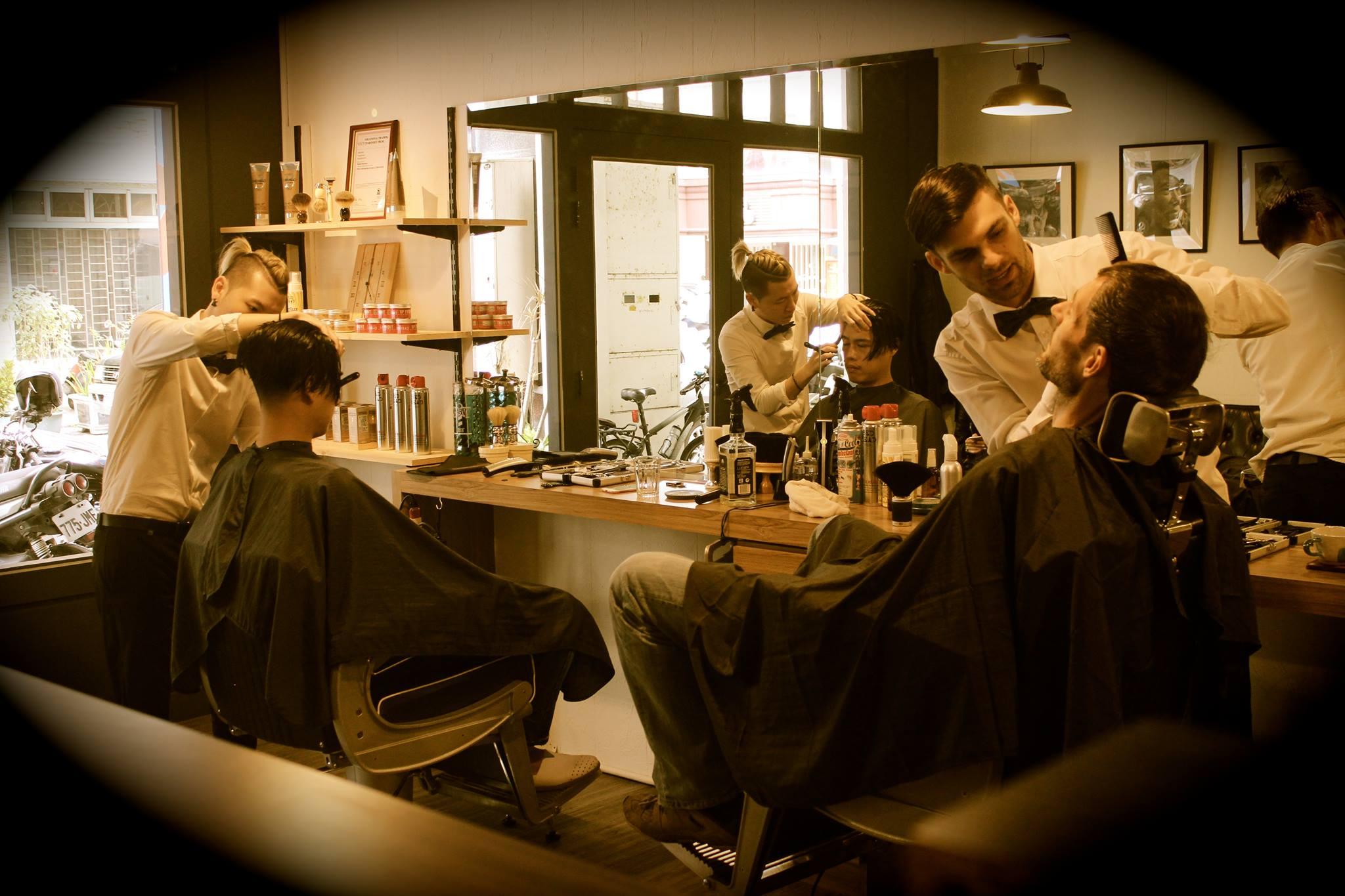 Meet Hualien's Famous British Barber