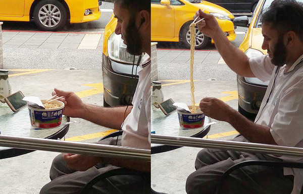 Picture of foreigner having WeiLih Instant Noodle causes stir