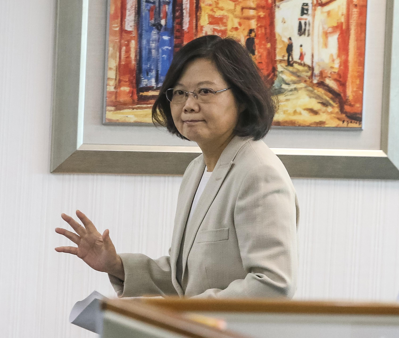 Tsai arriving at a DPP meeting Wednesday.