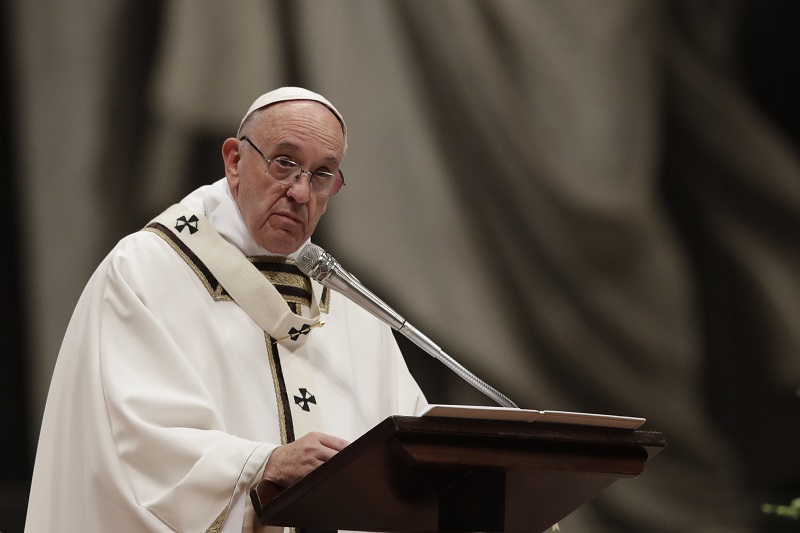 教宗主持平安夜彌撒 呼籲關注兒童