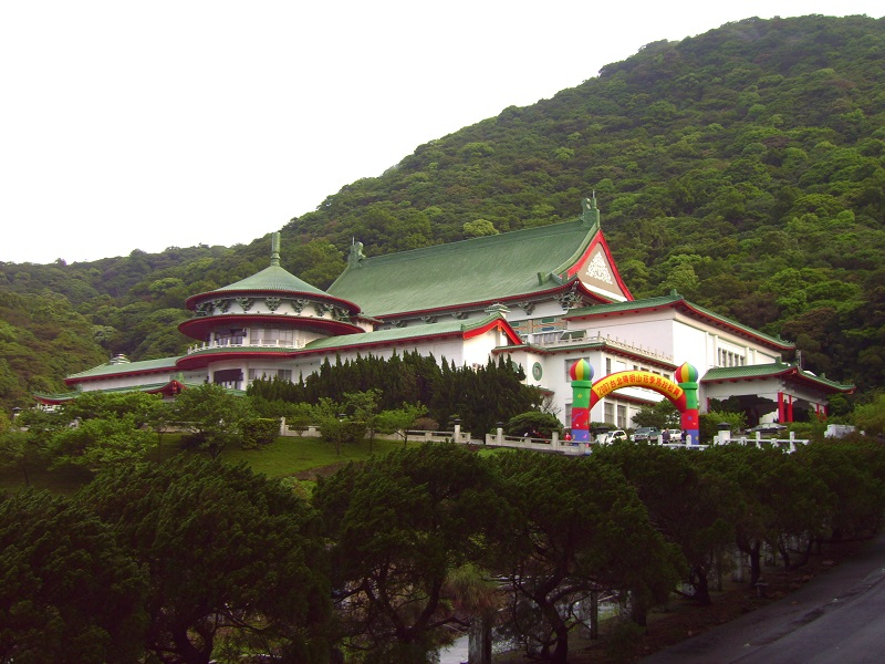 Yangmingshan Chungshan Hall opened three places that were otherwise closed to tourists and three secrets about former President Chiang Kai-shek were r...