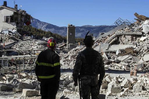 義大利中部城鎮Amatrice在10月30日再次遭受規模6.6強震襲擊。(圖片來源:Associated Press)