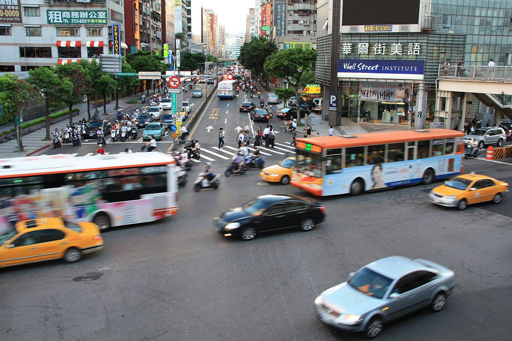 Japanese tourist killed in car crash after arriving Taiwan 1.5 hours