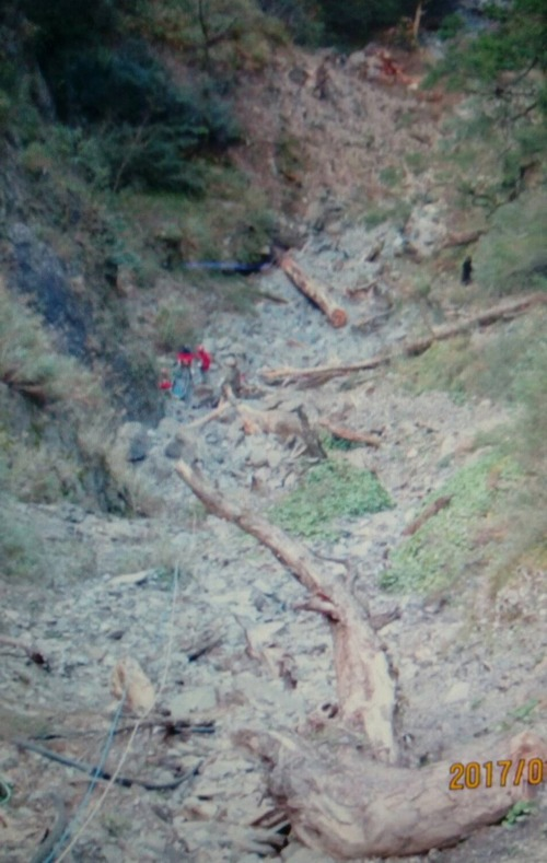 Ravine along Acacia trail where worker's body was discovered.