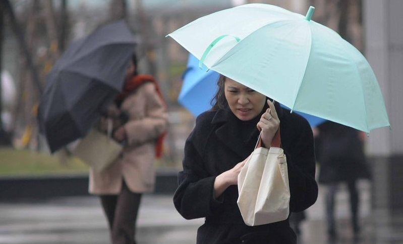 The coldest temperatures in Taipei City will be around 14 degrees Celsius, and 13 degrees on coastal and low lying areas in northern Taiwan on Tuesday...