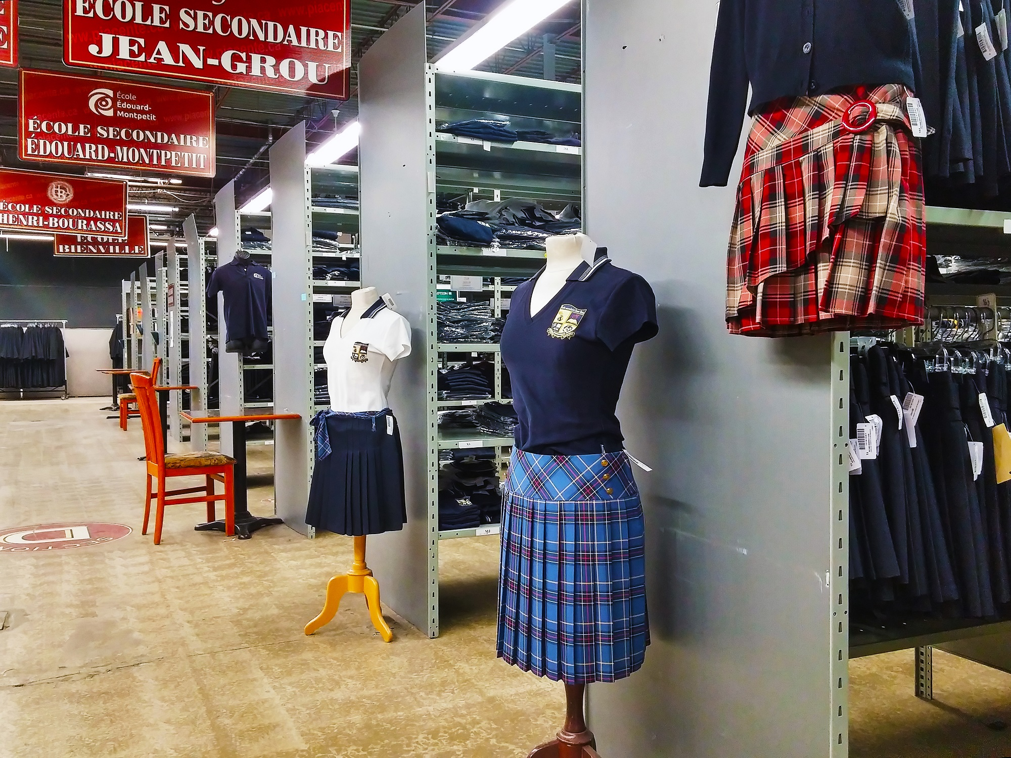 有些女學生質疑為什麼她們被規定一定要穿蘇格蘭短褶裙上學,表示這項規定不僅早已過時,更強化了既定的性別刻板印象。(圖片來源:Wikipedi