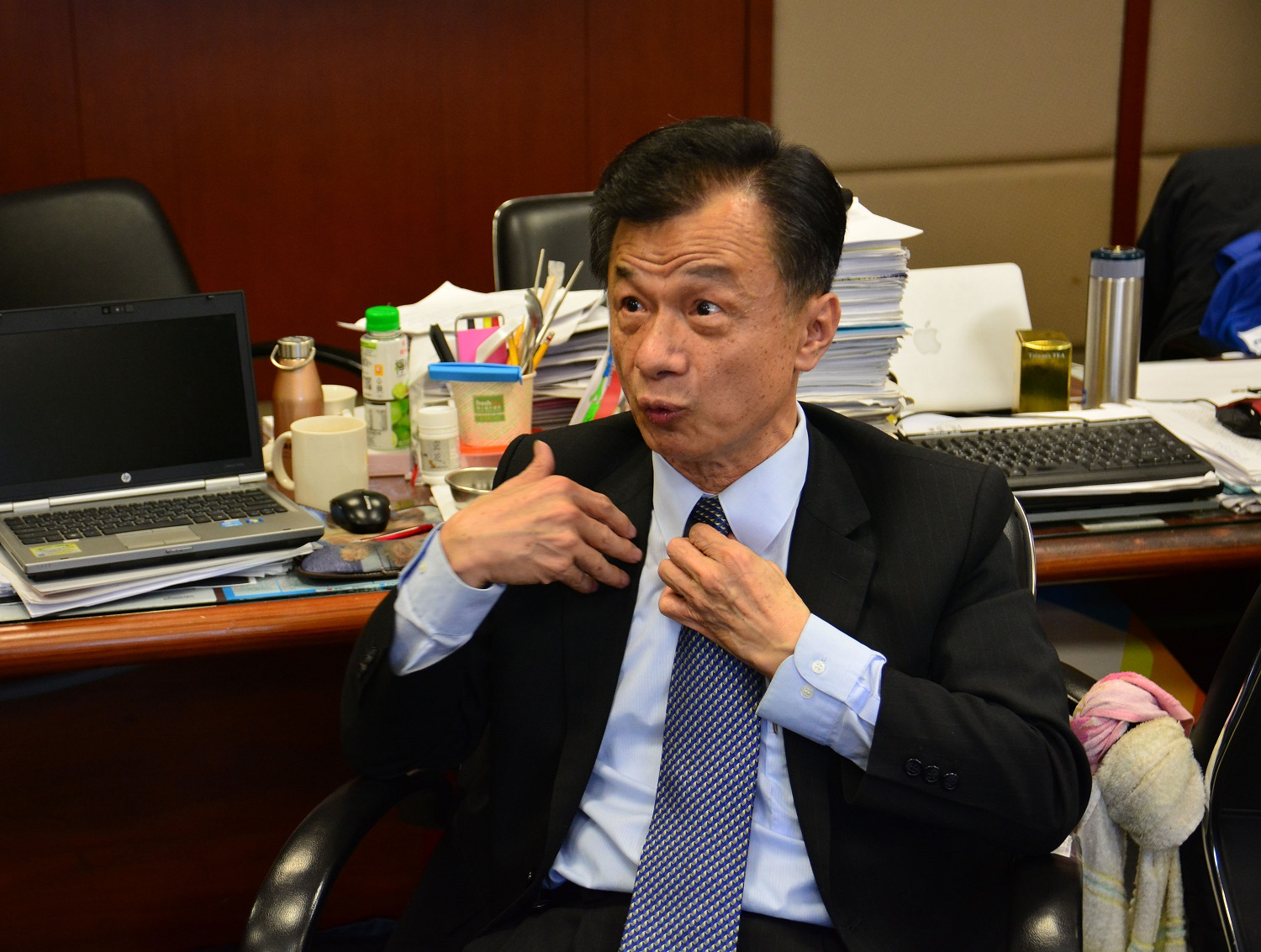 Taiwan's Justice Minister Chiu Tai-san responds to debate whether current marriage laws are unconstitutional and violate rights of gay couples.