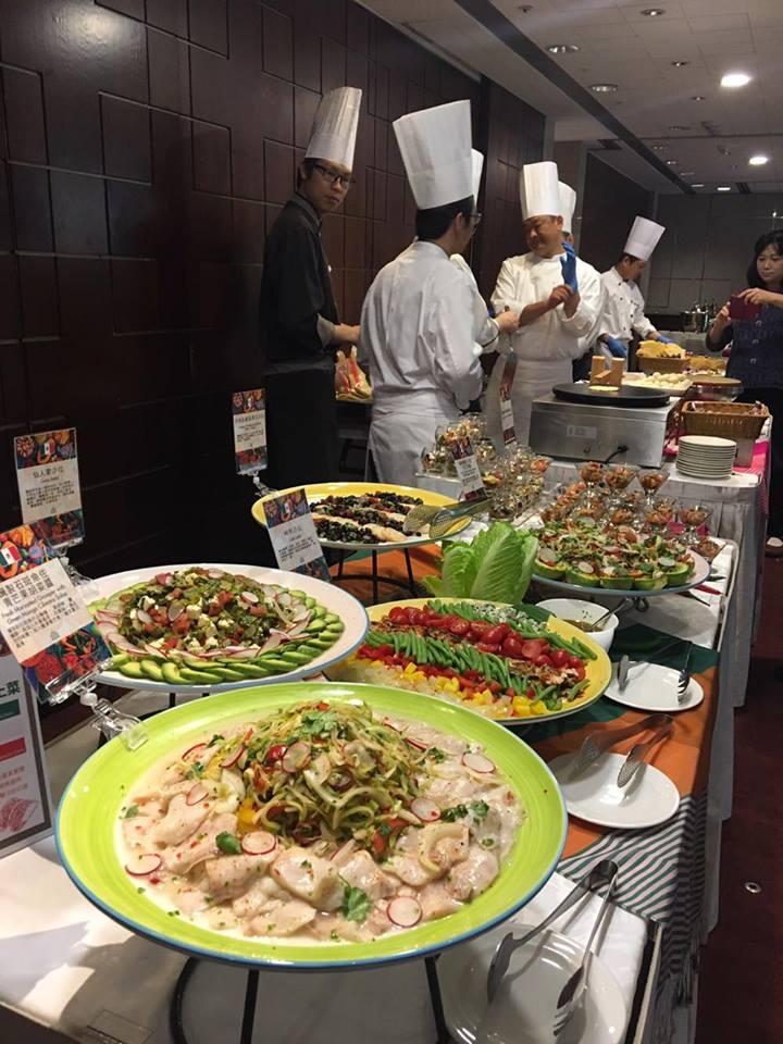 VIVA MEXICO Mexican Food Festival kicks off at the Royal Hotel