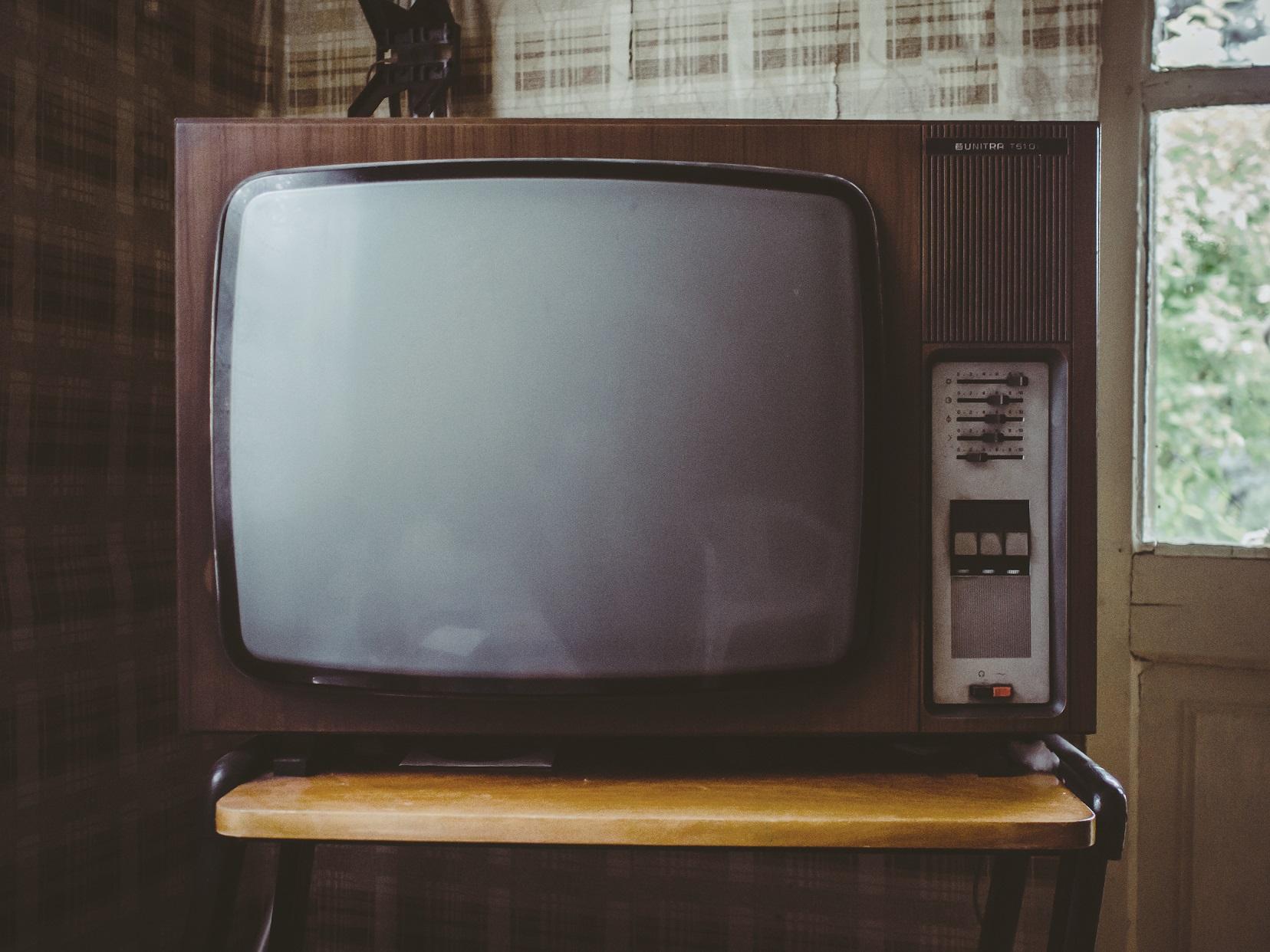 Vintage TV set (Image from pexels.com)