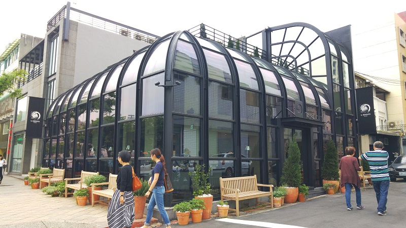 Taipei City's Department of Urban Development confirmed on Tuesday that the building of Italian restaurant IL MERCATO is an illegal building and will ...