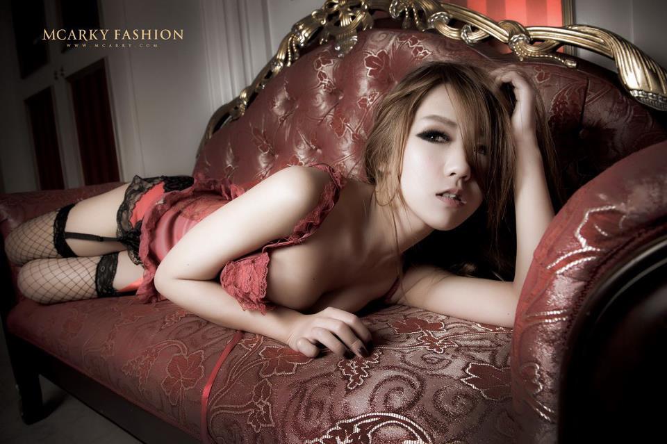 Akina Li Facebook page.