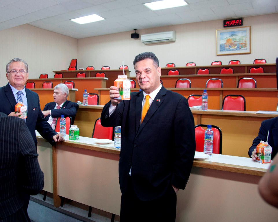 Paraguay congress president visits Taiwan's I-Mei food factory