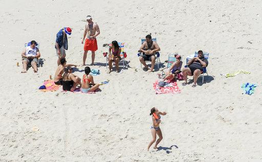 「放假」對許多上班族來說是令人欣羨的一件事,能夠有一段時間做自己喜歡的事。(圖片來源:AP)