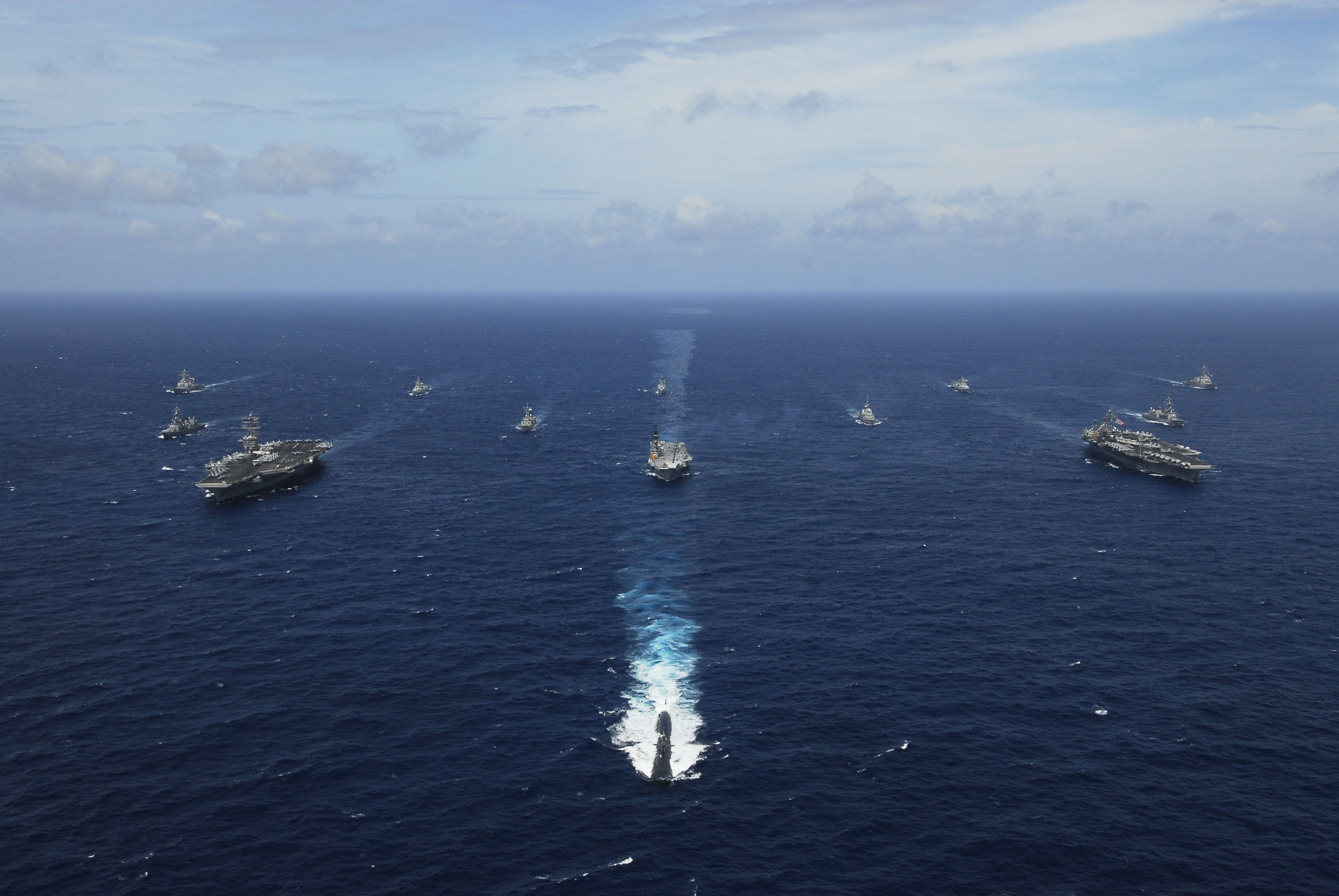 中國官媒《環球時報》抨擊,三國演習「目標直指中國潛艦」,圖為「馬拉巴爾海上聯合演習」的歷史照片。