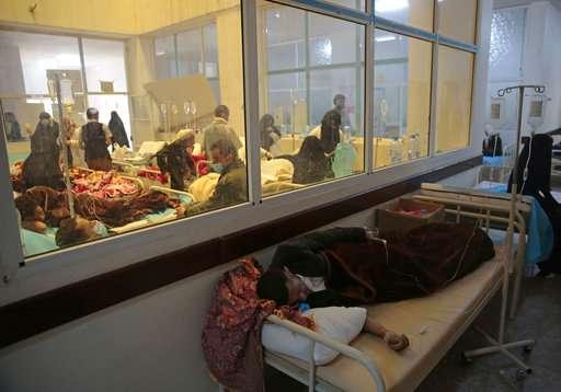 國際紅十字會 (ICRC)指出,經歷內戰而殘破不堪的葉門爆發了大規模的霍亂疫情,在過去的10個禮拜內已經有超過30萬人感染,且疫情已經失控