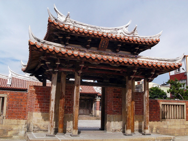 Don't miss two must-see attractions while visiting historic township of Lukang on west coast of Taiwan