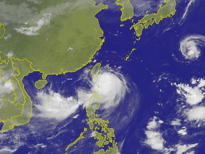 Taiwan braces for second storm after Typhoon Nesat injures 103