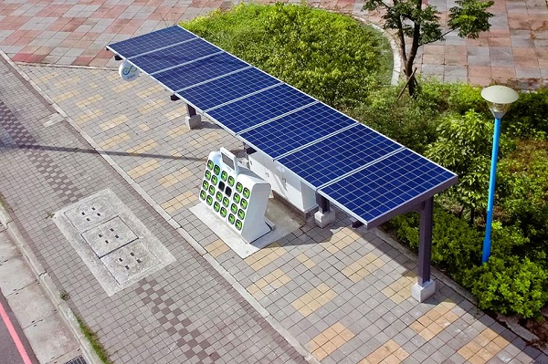 Gogoro's first solar-powered battery-swapping station. (Source: Gogoro)