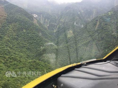 A male climber was killed Saturday after he fell into a mountain ravine in eastern Taiwan's Hualien County on Saturday. (Photo courtesy of the Nationa...