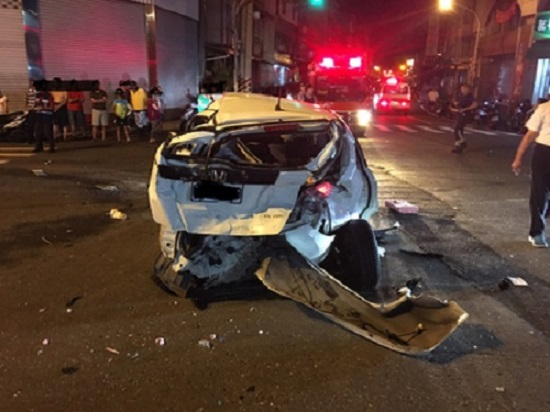 car accident pingtung