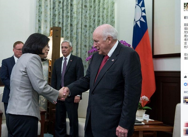 President Tsai Ing-wen met former vice president Dick Cheney on Aug. 7.