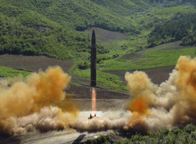 北韓試射飛彈(AP)
