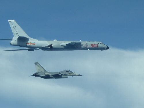 Chinese air force said to be drilling for a p    | Taiwan News