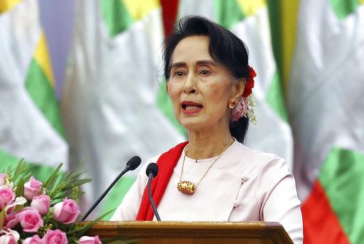 近日翁山蘇姬因對境內羅興亞人道危機未做出即時處理,而遭致國際輿論批評。(圖片來源:AP)