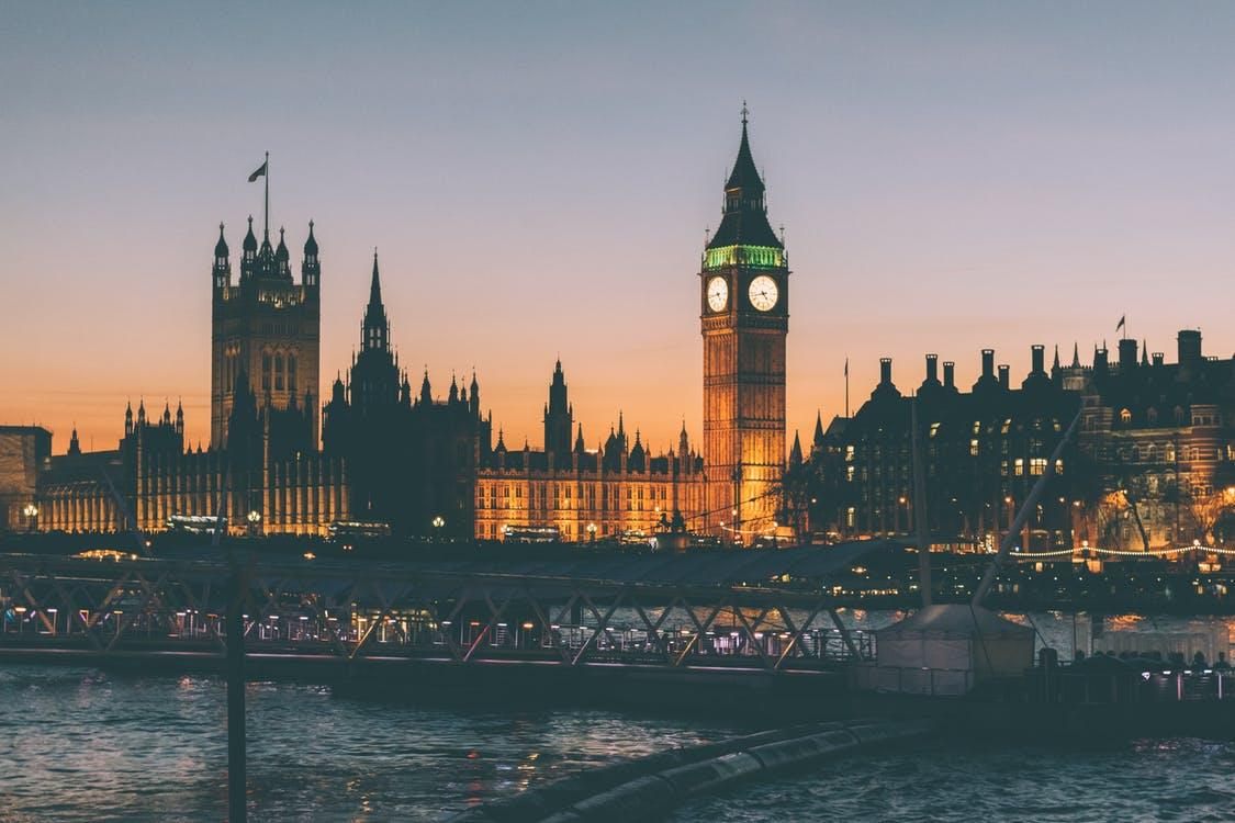 英國倫敦國會大廈(圖片來源:Pexels/ photos.uncoated.uk)
