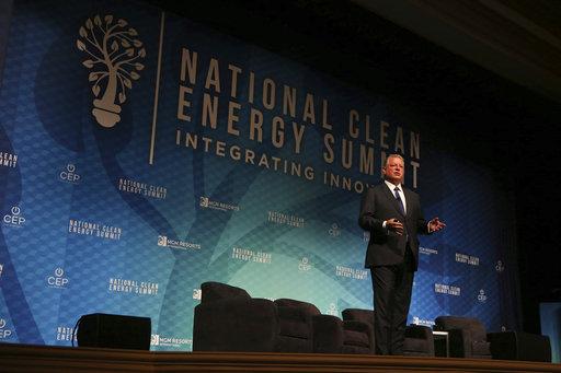 轉型不可能一蹴可及,例如聯合國就定訂在2100年達到無化石燃料的世界。(圖片來源:AP)