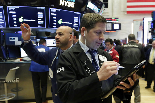 圖為紐約股市交易情形。美聯社資料照片