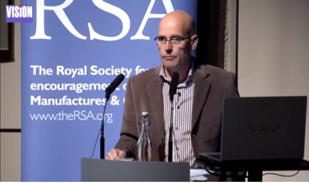 漢密爾頓教授(Clive Hamilton )  。翻攝自YouTube