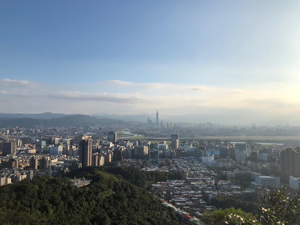 The temperature reaches a high to 30 degrees Celsius on Thursday and Friday, while the mercury could drop to 15 degrees at Northern Taiwan due to nort