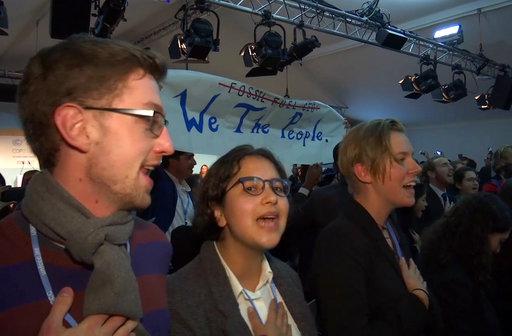 與此同時在德國,美國卻另外舉辦了一場名為「在氣候緩解中,更潔淨、有效化石燃料與核能的角色」的座談會。(圖片來源:AP)