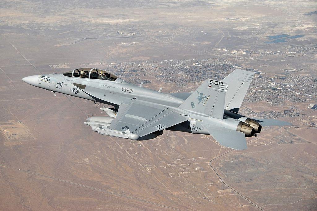 圖為EA-18G同型戰機。翻攝維基百科 (goo.gl/VkdSd2)