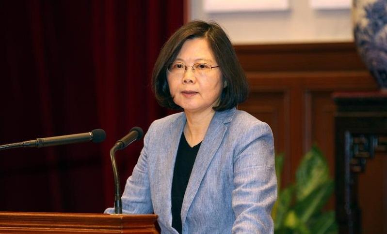 蔡總統並裁示,就獵雷艦案行政院調查的疏失部分,「國防部應儘速公布懲處名單」。