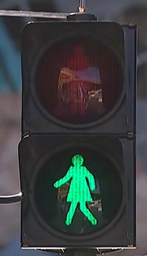 Traffic light man in southern Taiwanese city to get a girlfriend