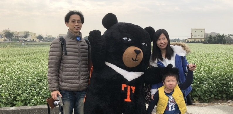 The first of the four OhBear mini tours took 40 tour members to the agricultural towns of Erlin and Tianwei in Changhua country