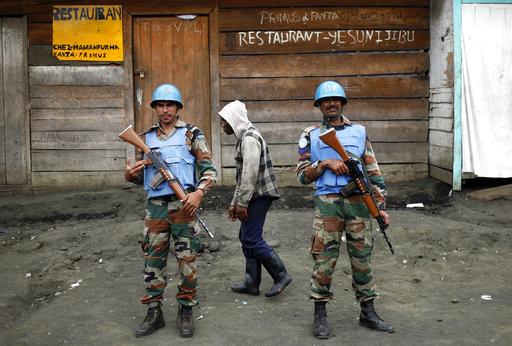 週四(7)晚間,一個位於剛果民主共和國東北部的聯合國維和部隊營運中心遭到高度武裝分子攻擊,至少15名聯合國人員死亡。(美聯社)