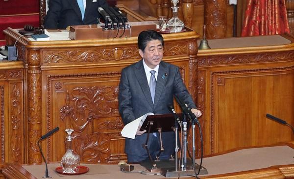 日本首相安倍晉三於國會發表演說(圖片來源:首相官邸官網)