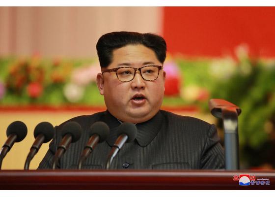 金正恩在軍需工業大會上發表演說(圖片來源:朝鮮中央通信)