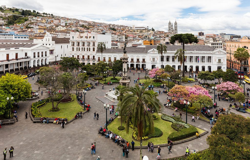 The Plaza Grande in Quito, capital of Ecuador (photo courtesy of Diego Delso).