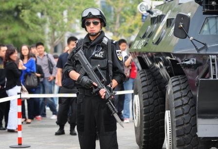 將中國武警劃歸中央軍委建制,不再由國務院管理,增強對軍隊的完全領導。(圖片來源:Flickr)