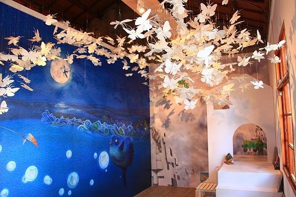 台中清水海灣繪本館30日正式開幕,館內除有豐富館藏,也特別設計主題故事屋,讓孩子能在館內看故事、聽故事。中央社記者蘇木春攝